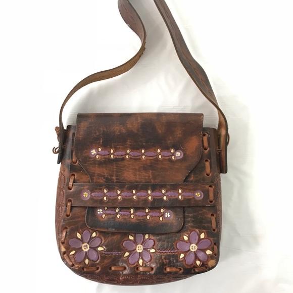 b566a4d1d0d4 Vintage Leather Handmade Purse Brown Purple. M 5b5e29131b16db21b192ba8c